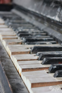 Fotografie - Lost Place - Piano